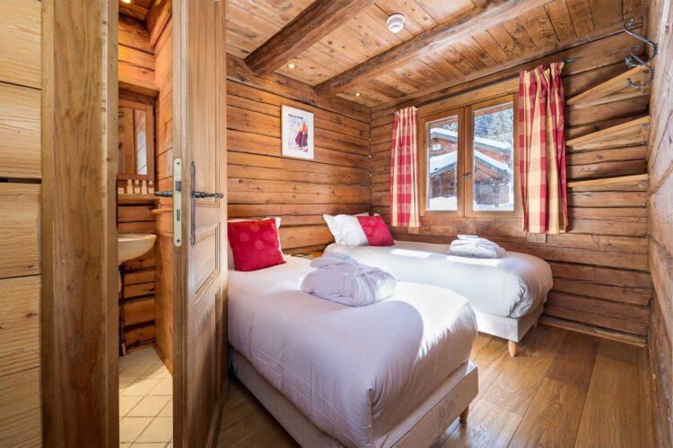 Chalet Elliot West - La Tania - Bedroom
