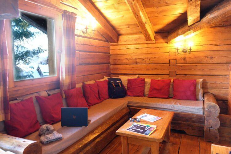 Chalet Elliot East - La Tania - Living room