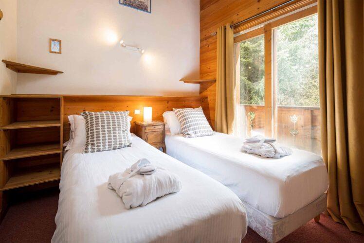 Chalet Lea twin room with balcony