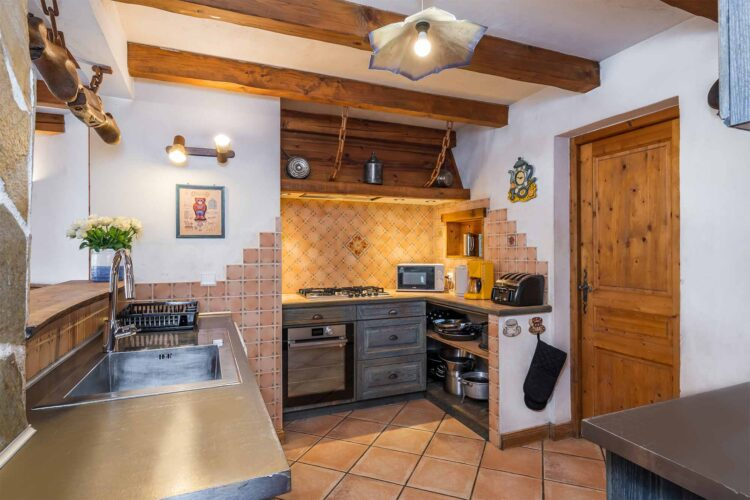 Chalet Lea kitchen