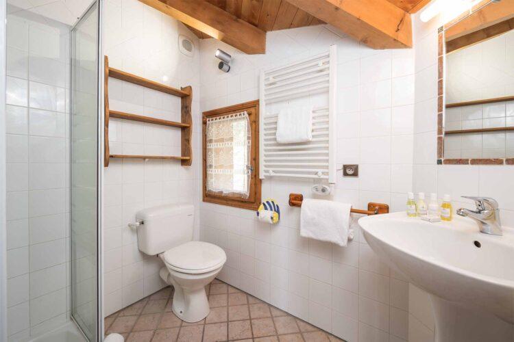 Chalet Lea bathroom